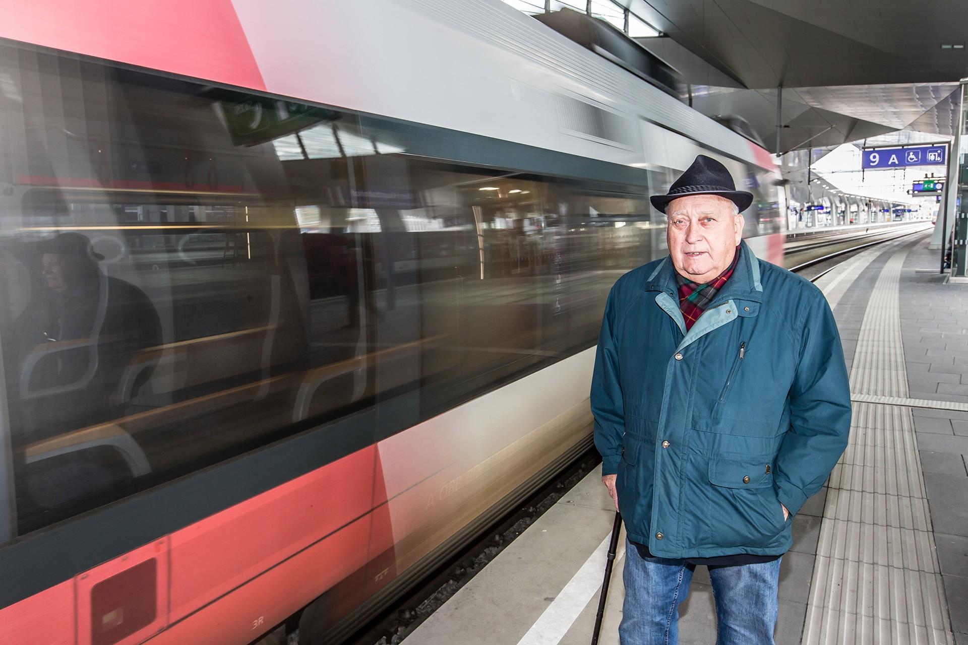 Soli957-Hauptbahnhof--_T8A7443--(C)©MichaelMazohl--1280px
